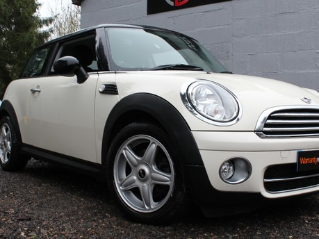 Mini Hatchback COOPER D | 1 LADY OWNER | FULL MINI HISTORY