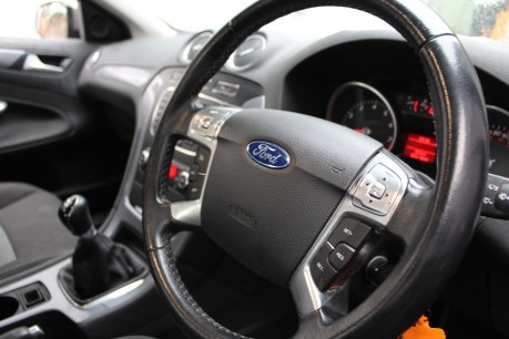 Ford Mondeo ZETEC | FULL FORD + 1 INDEPENDENT HISTORY | RECENT SERVICE 10