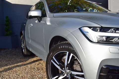 Volvo XC60 T8 TWIN ENGINE R-DESIGN AWD 5
