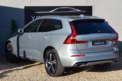 Volvo XC60 T8 TWIN ENGINE R-DESIGN AWD 10