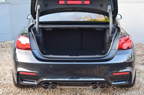 BMW M4 M4 COMPETITION 12