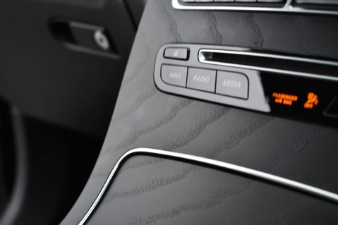 Mercedes-Benz GLC GLC 250 4MATIC AMG LINE PREMIUM 27