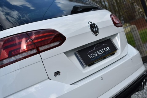 Volkswagen Golf R TSI 4MOTION DSG 17
