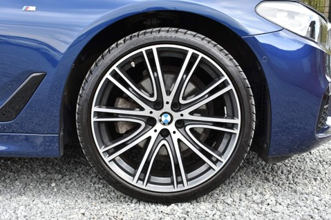 BMW 5 Series 520D M SPORT 27