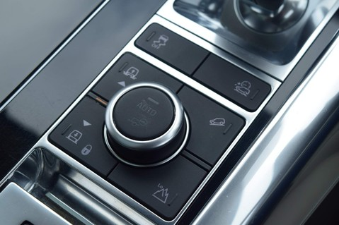 Land Rover Range Rover Sport SDV6 AUTOBIOGRAPHY DYNAMIC 27