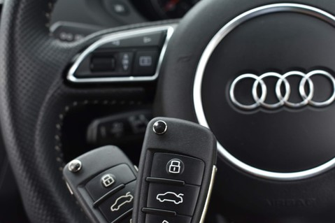 Audi Q3 TFSI BLACK EDITION 70