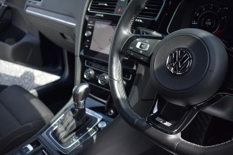 Volkswagen Golf R TSI 4MOTION DSG 52