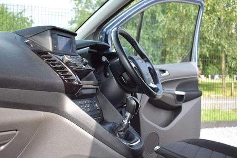 Ford Transit Connect 200 LIMITED TDCI 4