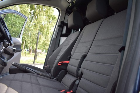 Ford Transit Connect 200 LIMITED TDCI 6