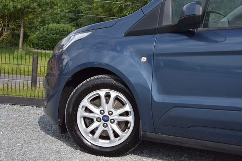 Ford Transit Connect 200 LIMITED TDCI 17