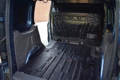 Ford Transit Connect 200 LIMITED TDCI 27