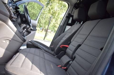 Ford Transit Connect 200 LIMITED TDCI 29