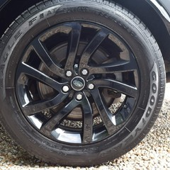 Land Rover Discovery 3.0 SD V6 HSE Auto 4WD (s/s) 5dr 4