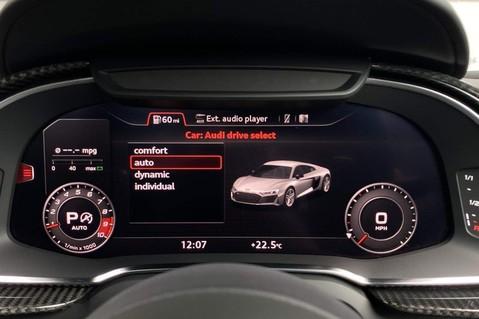 Audi R8 V10 PERFORMANCE CARBON BLACK QUATTRO 44