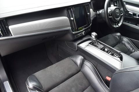 Volvo V90 D5 POWERPULSE R-DESIGN PRO AWD 25