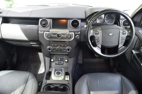Land Rover Discovery SDV6 HSE 29