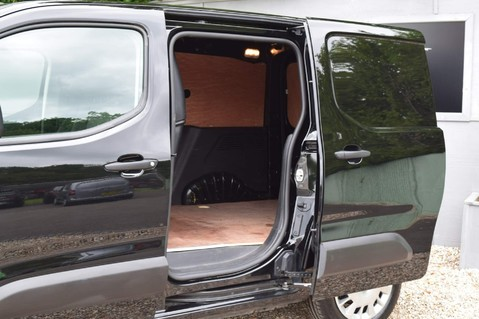 Vauxhall Combo L1H1 2000 SPORTIVE S/S 19