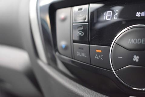 Nissan Navara DCI TEKNA SHR DCB 48