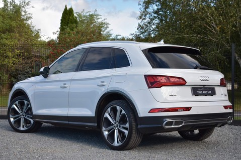 Audi Q5 TFSI E VORSPRUNG COMPETITION QUATTRO 2
