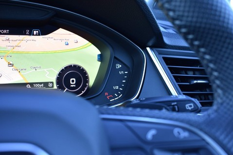 Audi Q5 TFSI E VORSPRUNG COMPETITION QUATTRO 65