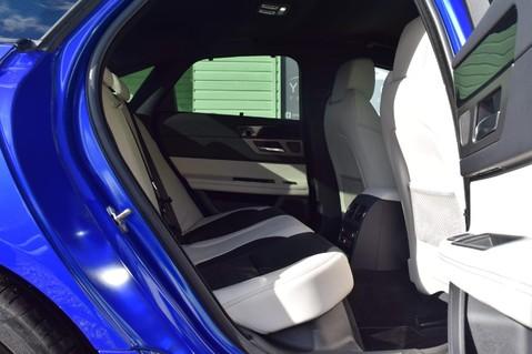 Jaguar XF D V6 S 21
