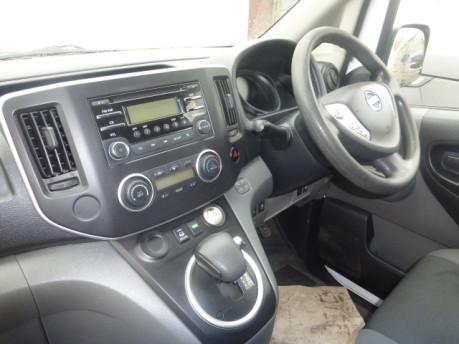 Nissan E-NV200 TEKNA RAPID + 5