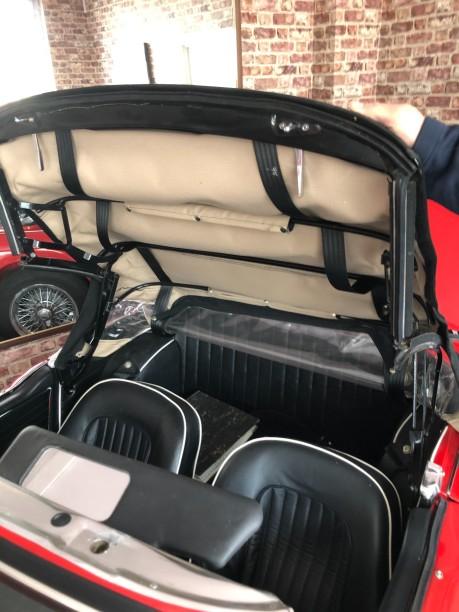 Triumph TR5 Roadster 10