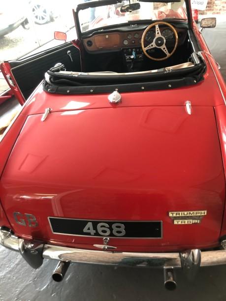 Triumph TR5 Roadster 8