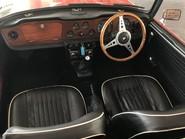 Triumph TR5 Roadster 12