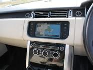 Land Rover Range Rover Vogue TDV6 17