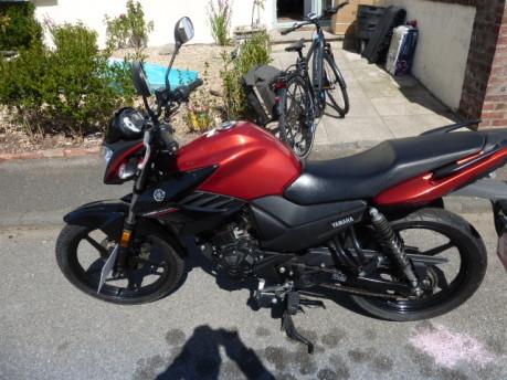 Yamaha YS125 3