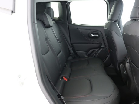 Jeep Renegade 1.3 Turbo 4xe PHEV 240 Trailhawk 5dr Auto Hatchback 11