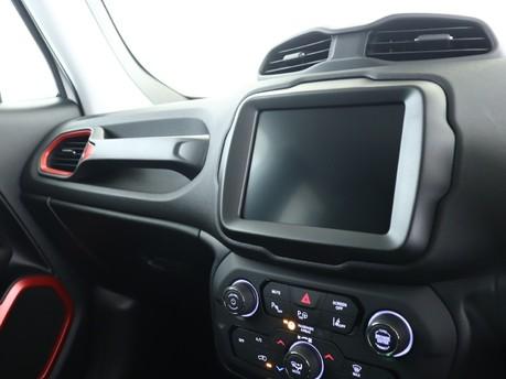 Jeep Renegade 1.3 Turbo 4xe PHEV 240 Trailhawk 5dr Auto Hatchback 12