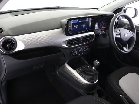 Hyundai I10 I10 1.0 MPi Premium 5dr [Tech Pack] Hatchback 8