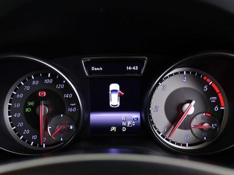 Mercedes-Benz Gla Class GLA 200 D 4MATIC AMG LINE EXECUTIVE 12