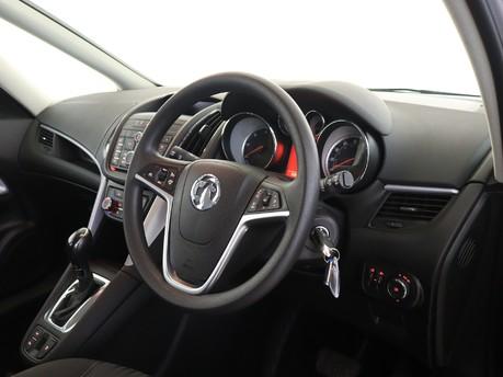 Vauxhall Zafira 2.0 CDTi [170] Design 5dr Auto Estate 9