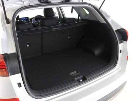 Hyundai Tucson 1.6 TGDi 177 SE Nav 5dr 2WD Estate 6