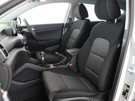 Hyundai Tucson 1.6 TGDi 177 SE Nav 5dr 2WD Estate 9