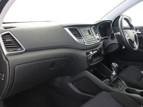 Hyundai Tucson 1.6 GDi Blue Drive SE 5dr 2WD Estate 8