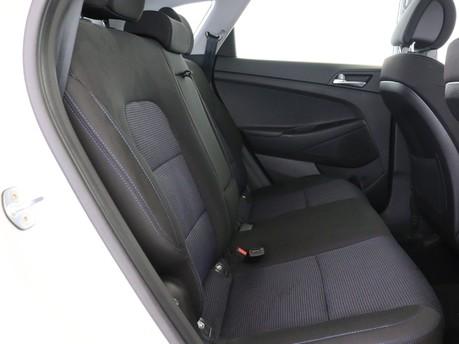 Hyundai Tucson 1.6 GDi Blue Drive SE 5dr 2WD Estate 10