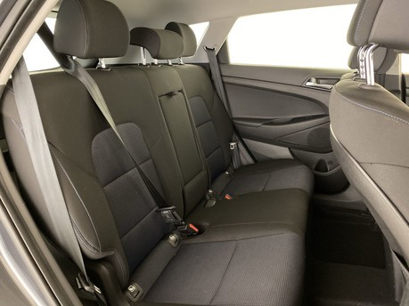 Hyundai Tucson 1.6 GDi Blue Drive SE 5dr 2WD Estate 12