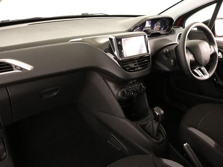 Peugeot 208 Peugeot 208 Active Design Menthol 6