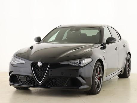 Alfa Romeo Giulia Giulia 2.9 V6 BiTurbo Quadrifoglio 4dr Auto [ACC] Saloon 5