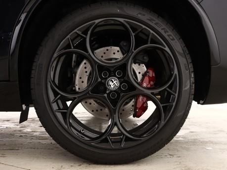 Alfa Romeo Stelvio Stelvio 2.9 V6 BiTurbo 510 Quadrifoglio 5dr Auto [ACC] Estate 7