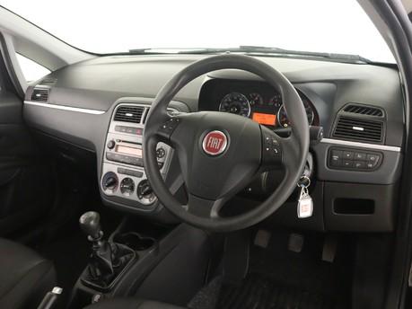 Fiat Punto 1.2 Pop 3dr [Start Stop] Hatchback 11