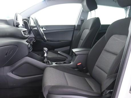 Hyundai Tucson GDI SE NAV 9