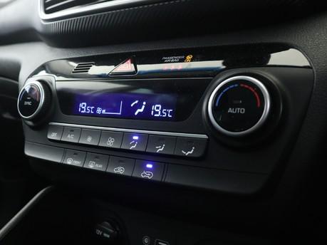 Hyundai Tucson GDI SE NAV 14