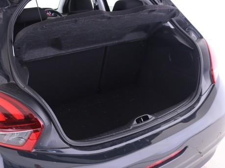Peugeot 208 1.2 PureTech Allure Premium 5dr Hatchback 7