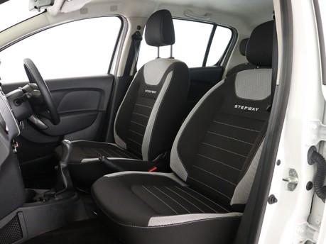 Dacia Sandero Stepway 0.9 TCe Laurea 8