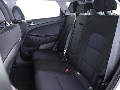 Hyundai Tucson 1.6 GDi Blue Drive SE Nav 5dr 2WD Estate 9
